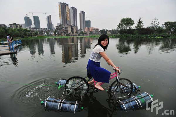 bicicleta anfibia casera