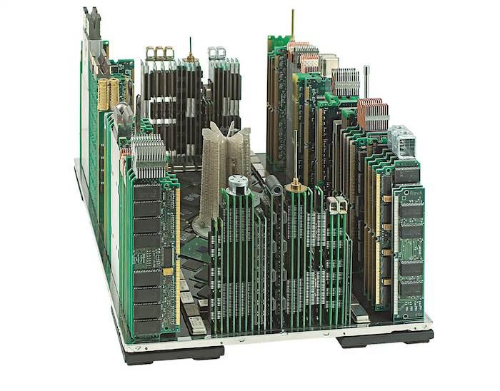 Rascacielos con basura electronica1