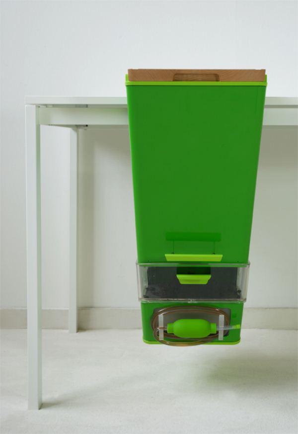 Parasite Farm-Fábrica-de-compost