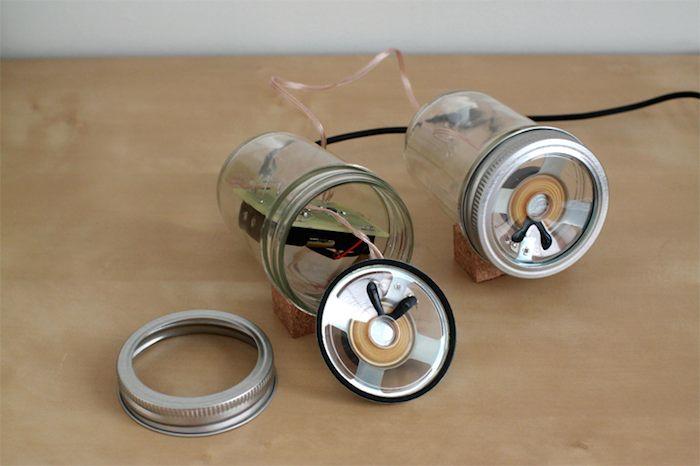 AudioJar. Altavoces con frascos de vidrio
