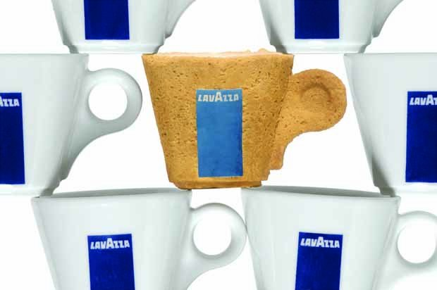 Taza café comestible con galleta
