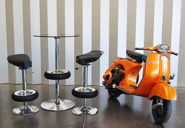 Silla BV-10. Serie limitada hecha a partir de auténticas scooters Vespa® de desguace.