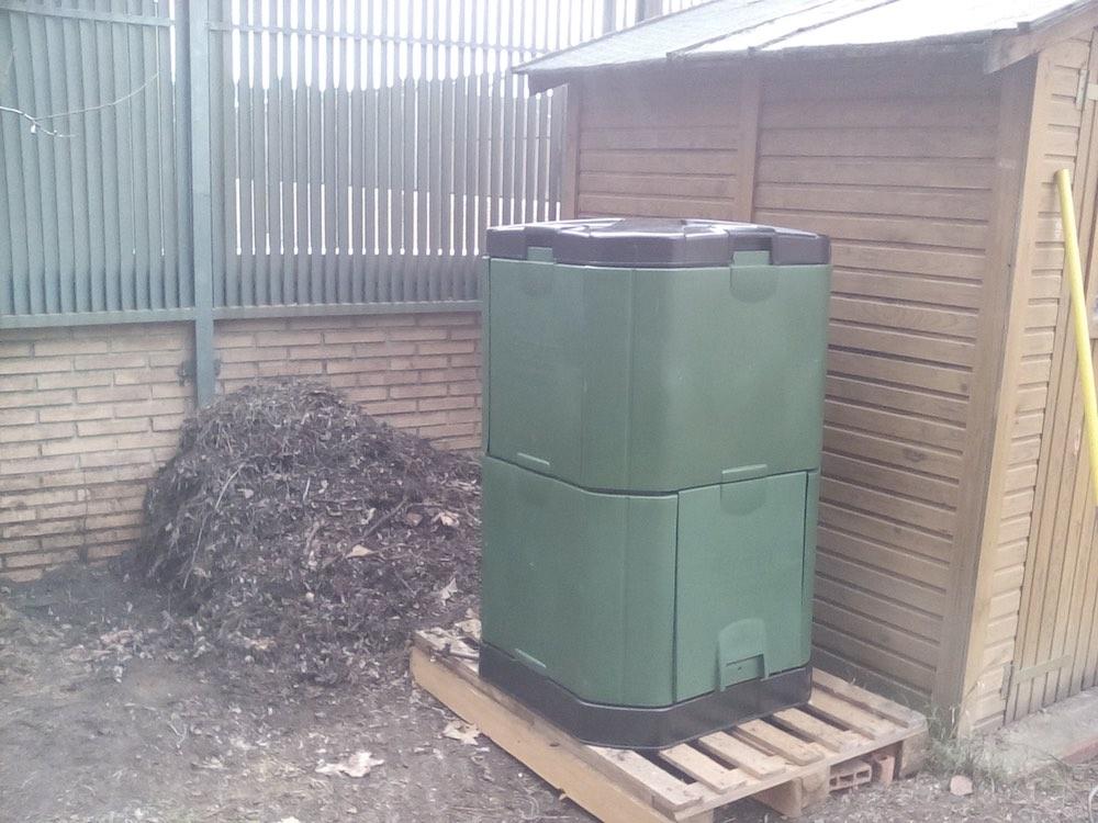 compostador aerobin200 compost con los restos org nicos del hogar y jard n. Black Bedroom Furniture Sets. Home Design Ideas