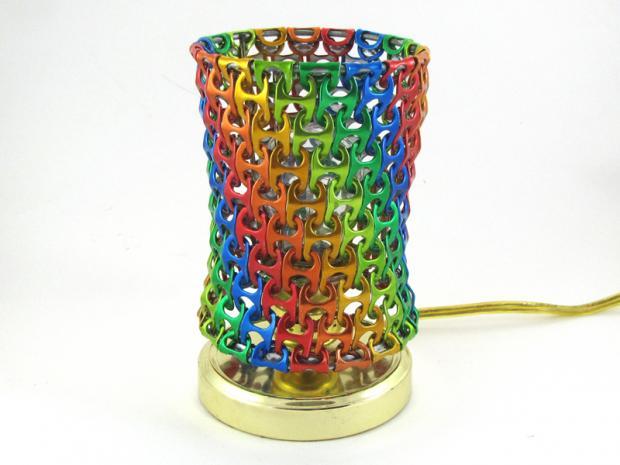 lámpara con anillas de latas 10