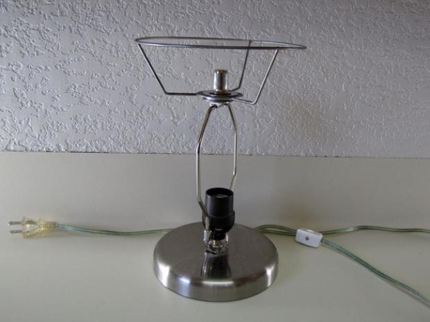 lámpara con anillas de latas 2