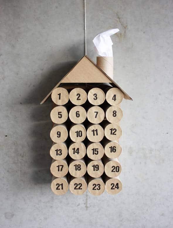20 Adornos Navidenos Reciclados Para Tu Arbol De Navidad - Adornos-de-navidad-con-rollo-de-papel-higienico