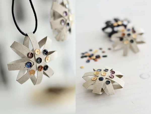 Estrellas con rollos de papel