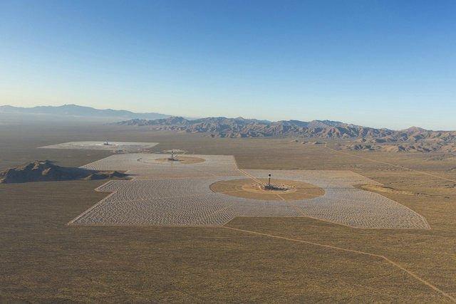 Pakistán están construyendo la granja solar más grande del mundo en el desierto de Punjabi