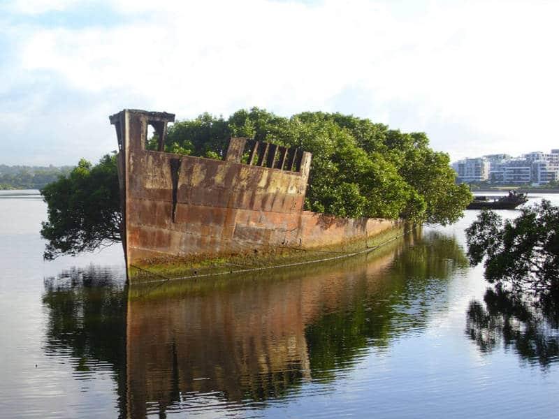 Viejo buque de 102 años abandonado en Sydney