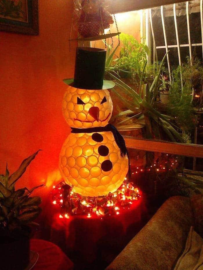 22 adornos navide os reciclando o reusando desechos for Adornos navidenos luminosos para exteriores