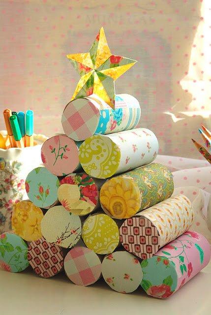 Como hacer un árbol de navidad con rollos de papel higiénico