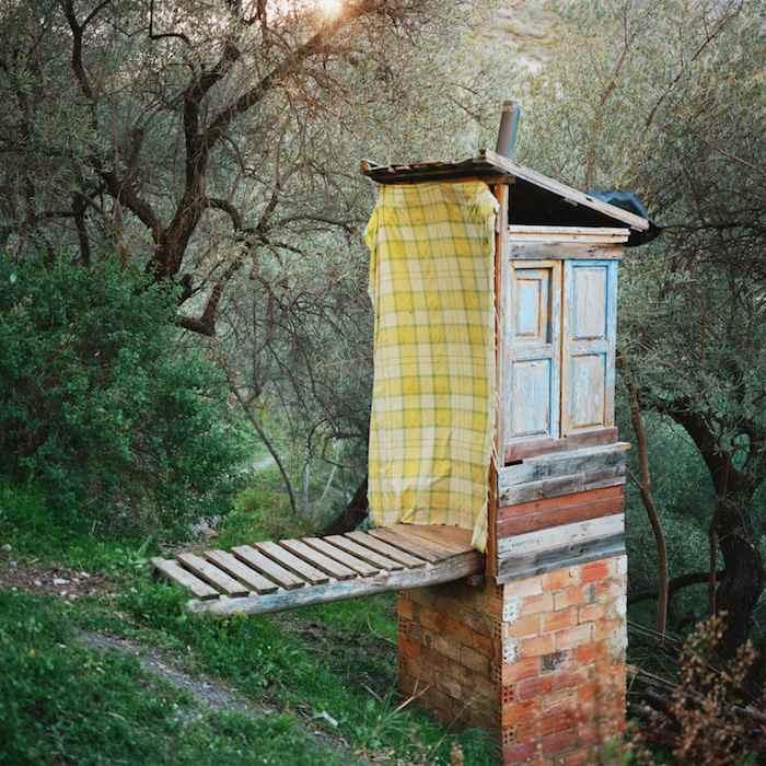 Baño compostador - Antoine Bruy – Scrublands - Sierra Nevada - España