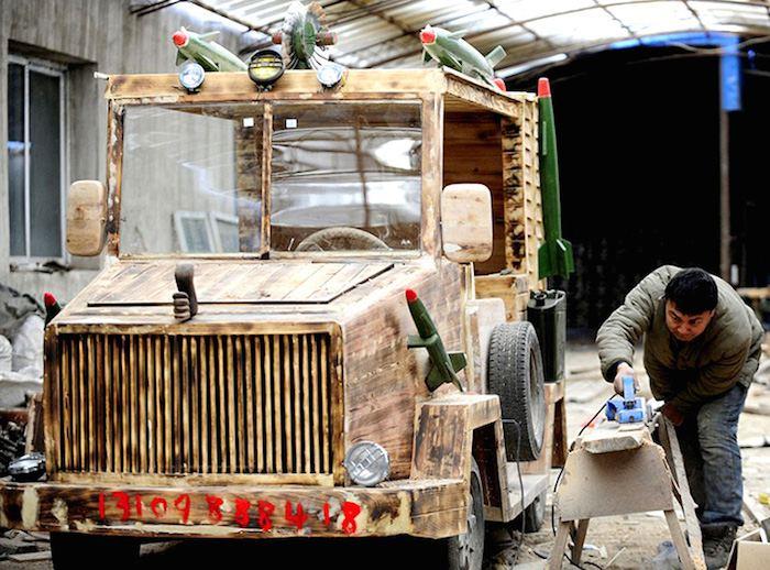 Coche-el%c3%a9ctrico-casero-de-madera-made-in-china