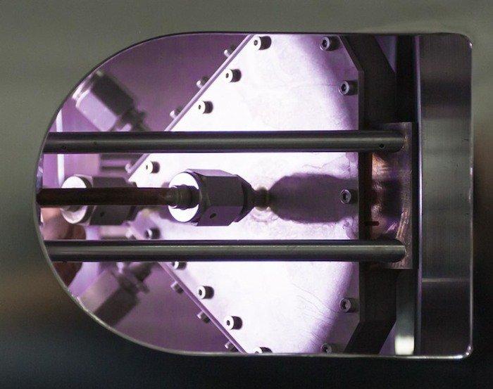 Detalle fabricación paneles solares super-eficientes