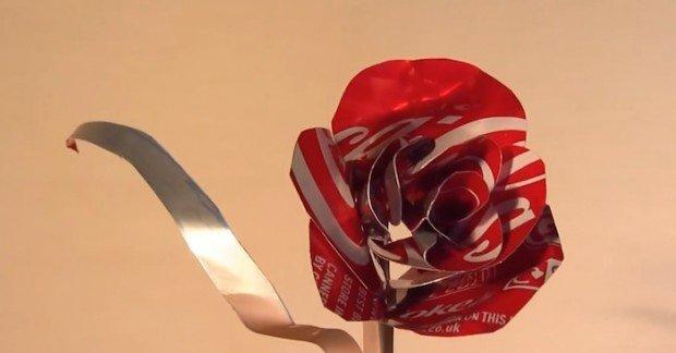 Como convertir una lata en una flor para el día de San Valentín