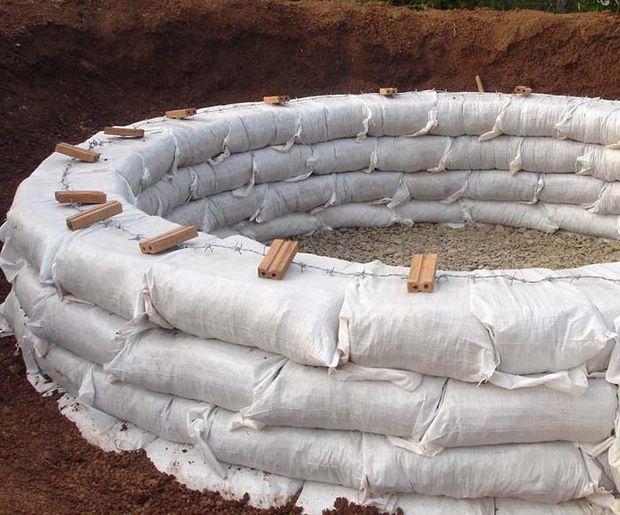 Como construir un domo con sacos de tierra7