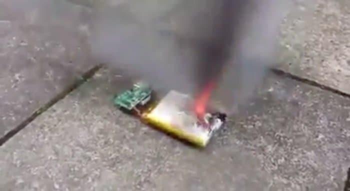 Porque no apuñalar una bateria