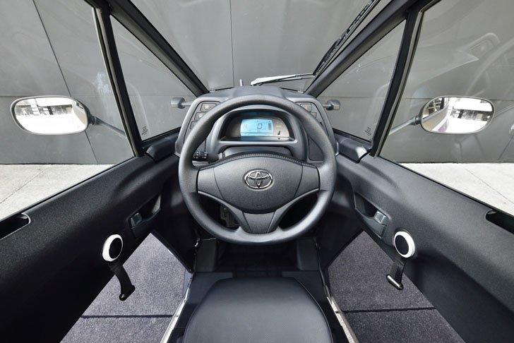 Toyota i-ROAD3
