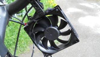 Cómo hacer un cargador eólico de smartphones para tu bicicleta