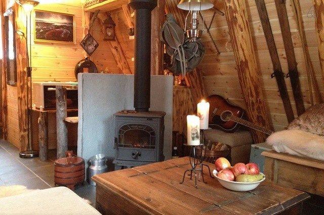 Disfruta de la naturaleza en una casita de un bosque Noruego3