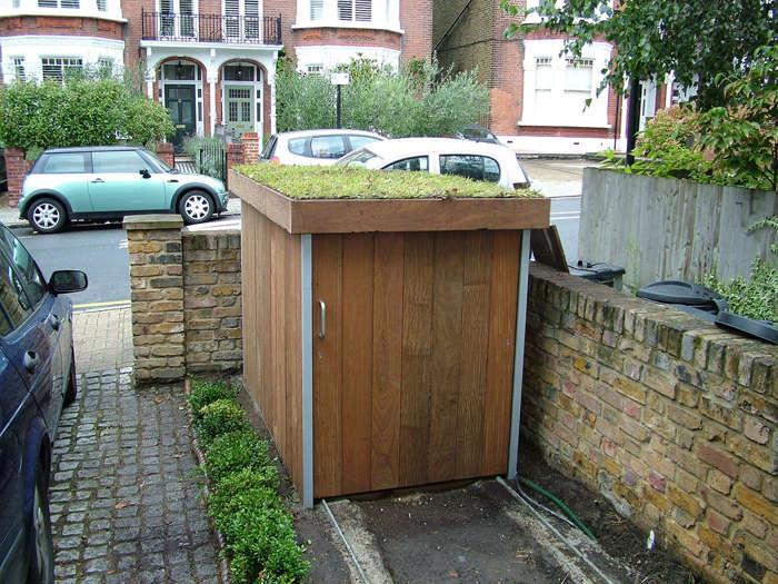 Cómo construir un garage para bicicletas con techo verde (2)