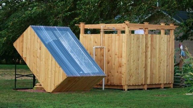 Como-hacer-una-ducha-solar-al-aire-libre