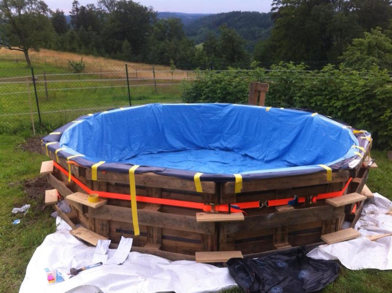Cómo hacer una piscina con 10 palets