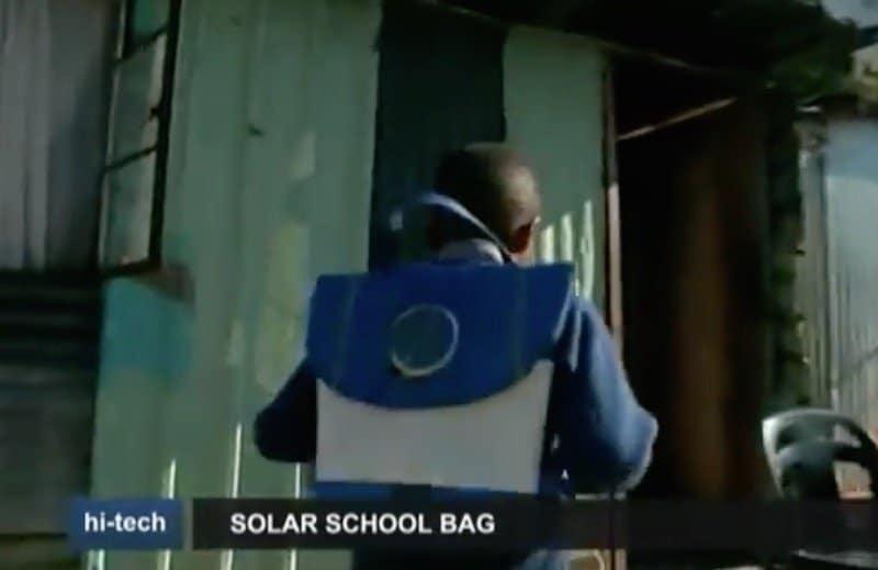 Generando energía verde camino del colegio