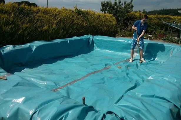 Como construir una piscina con balas de paja5