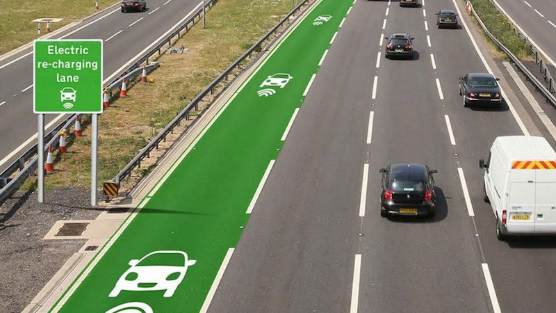 Recarga-inal%c3%a1mbrica-para-coches-mientras-se-conduce