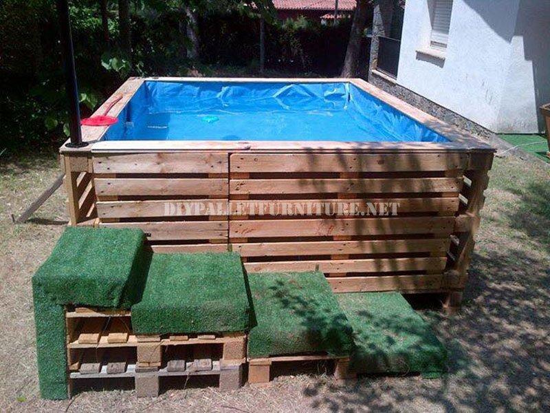 piscina hecha con palets