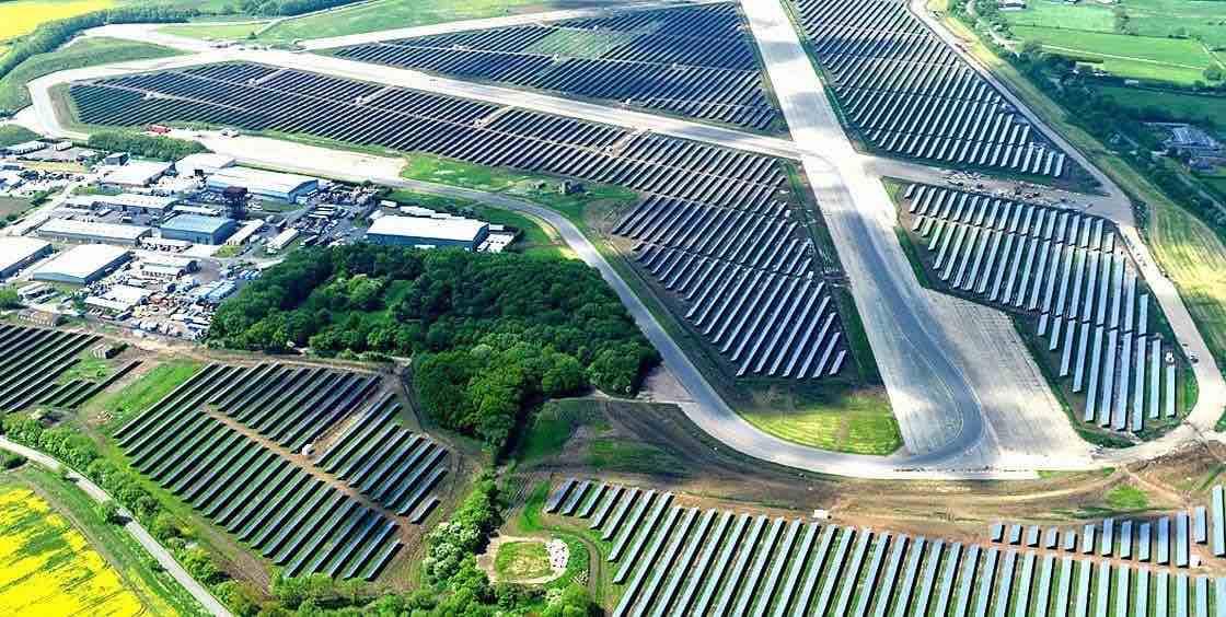 La mayor planta fotovoltaica de España a punto de comenzar su construcción