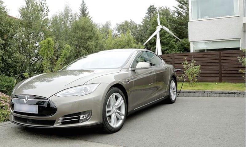 Turbina portátil Trinity para cargar coches eléctricos