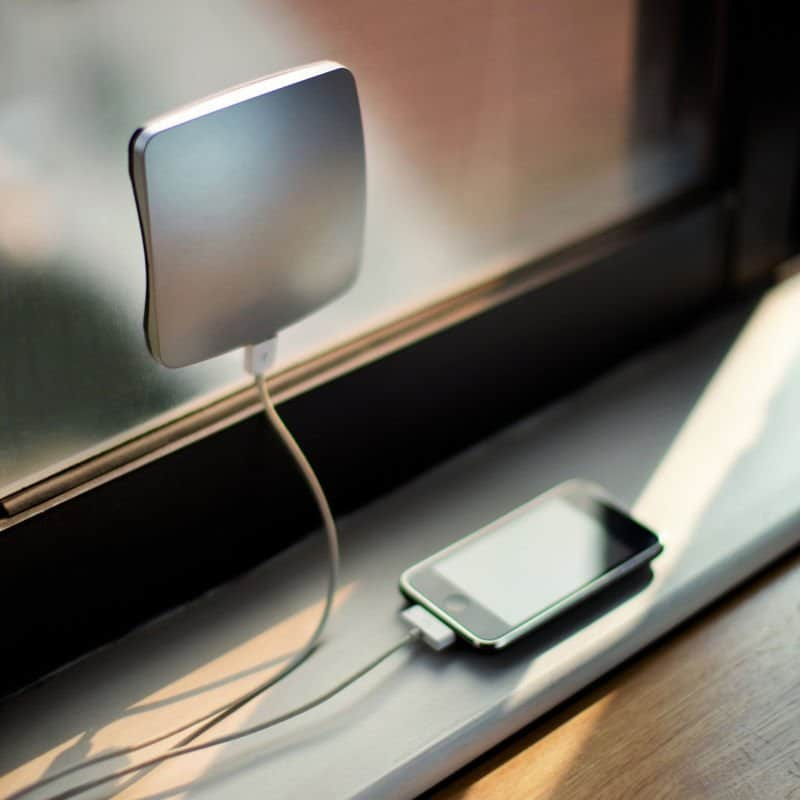 Cargador solar de ventana XD Design