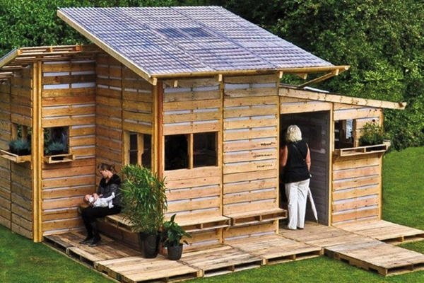 Cómo Construir Una Casa Con Palets En Un Sólo Día