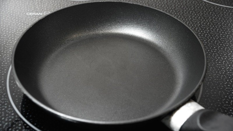 ¿Por qué debemos prescindir del teflón en la cocina?