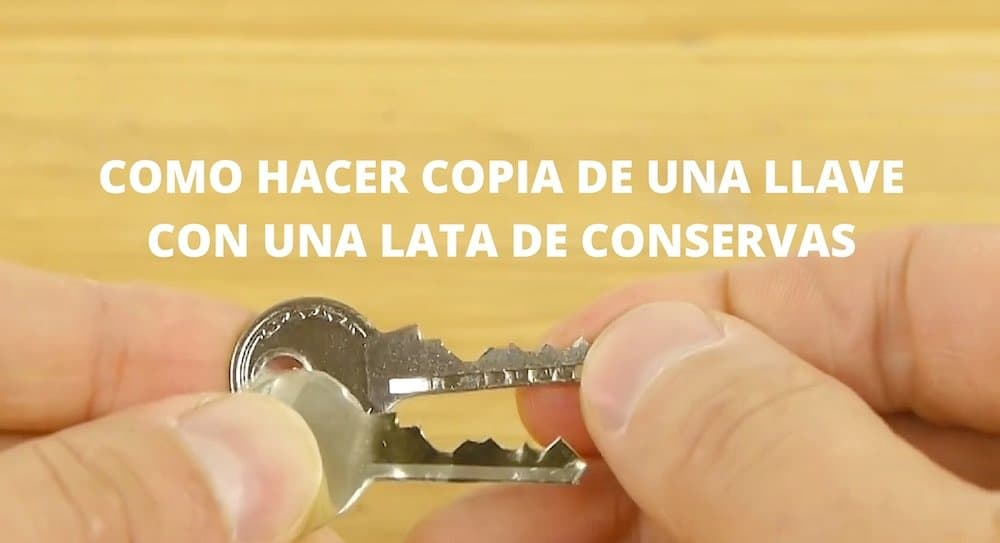 Como copiar una llave con una lata