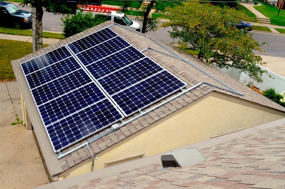 Solarpod sistema para montar paneles solares en cualquier for Montar placas solares en casa