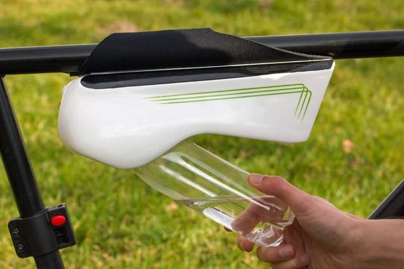 Fontus, la botella inteligente que obtiene agua potable mientras pedaleas