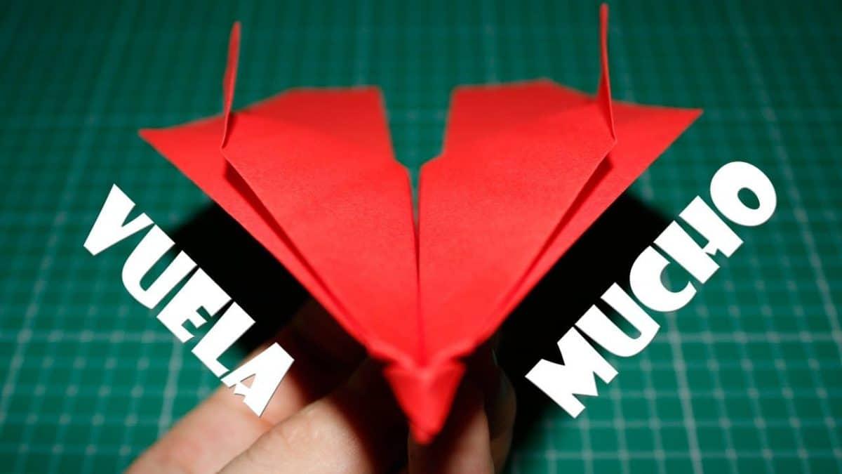 Como-hacer-un-avion-de-papel
