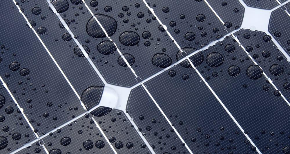 Grafeno para una nueva célula solar que genera energía con gotas de lluvia