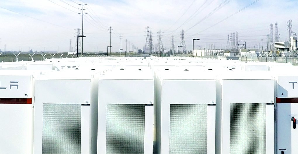 Tesla termina la construcción de la batería de iones de litio más grande del mundo en Australia del Sur en 100 días