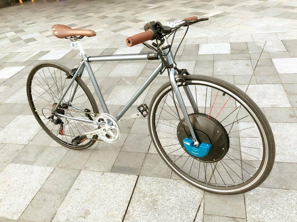 UrbanX, de rueda convencional a rueda eléctrica en 60 segundos