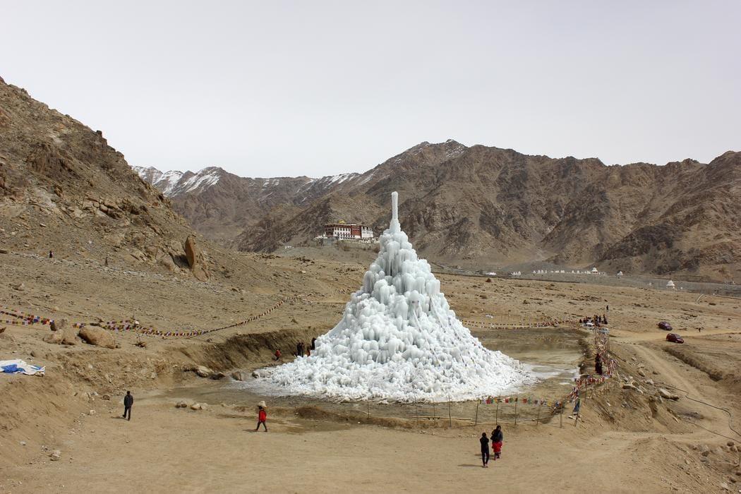 Glaciares-artificiales-himalaya1