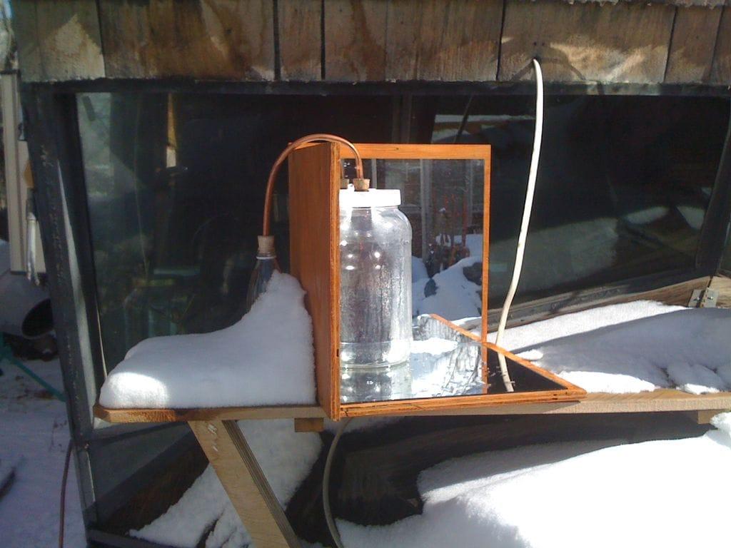 Cómo hacer un destilador solar casero con materiales reciclados