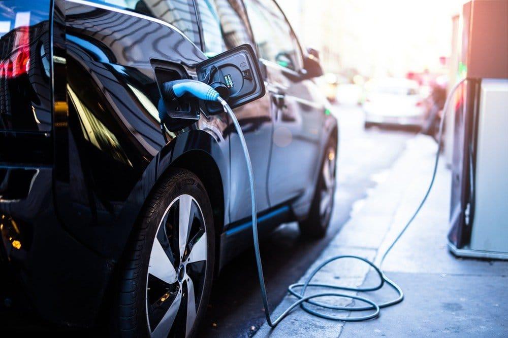 Los vehículos eléctricos evitaron el consumo de 17.800 barriles de petróleo al día en 2016