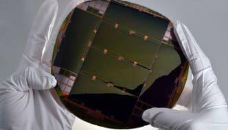 Luz verde a la comercialización de las células solares más eficientes del mundo, usadas en satélites espaciales