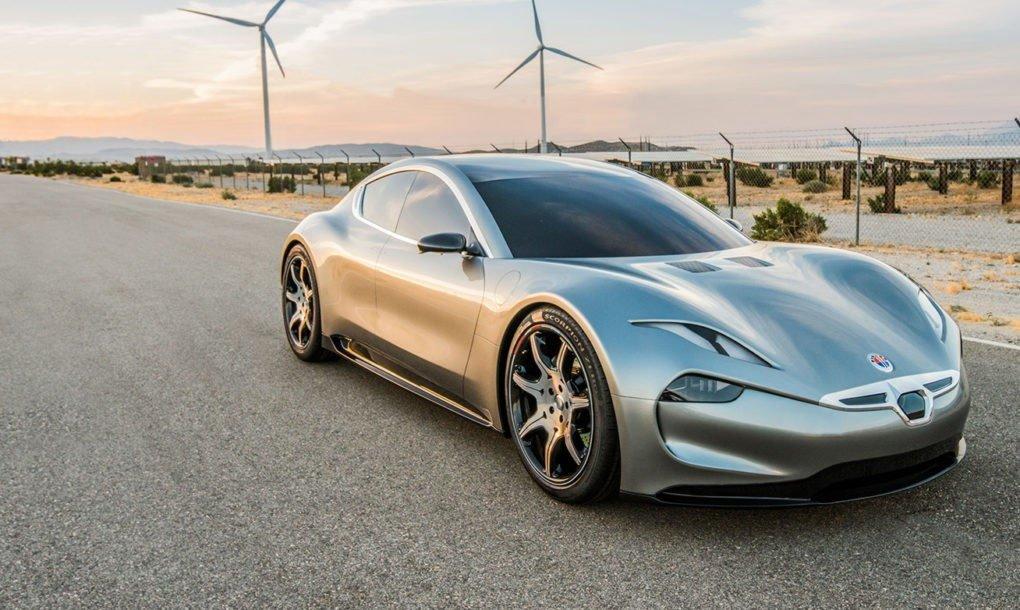 Autonomía de 800 kilómetros y carga en un minuto: la nueva batería patentada por Fisker