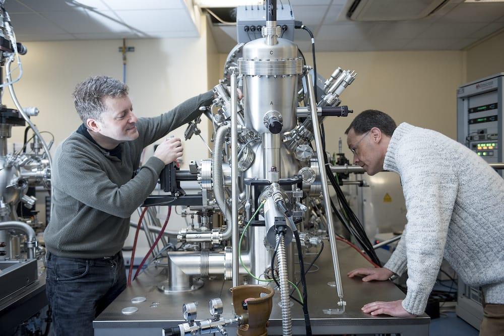 Redefinen los clásicos paneles fotovoltaicos a partir de ideas de Einstein y Tesla