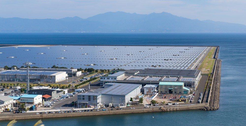Revolución energética silenciosa en Japón, docenas de ciudades se desconectan de la red